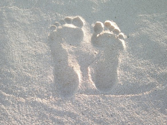 feet_in_the_sand_by_swasha-d5g2jjg