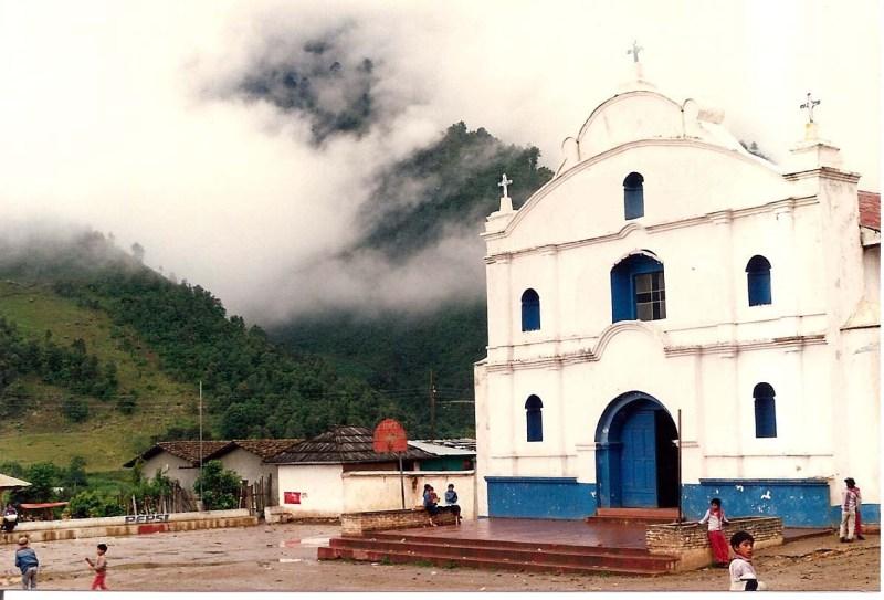 Todos_Santos_C._iglesia